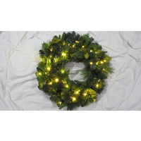 45cm Prelit Green wreath with Pine Cones