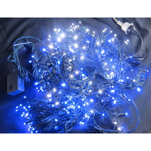 10M Blue and White LED Cluster Firecracker Lights